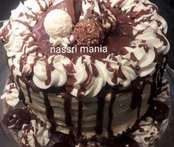 Cappuccino biscuit met boterroom vulling en chocolade topping